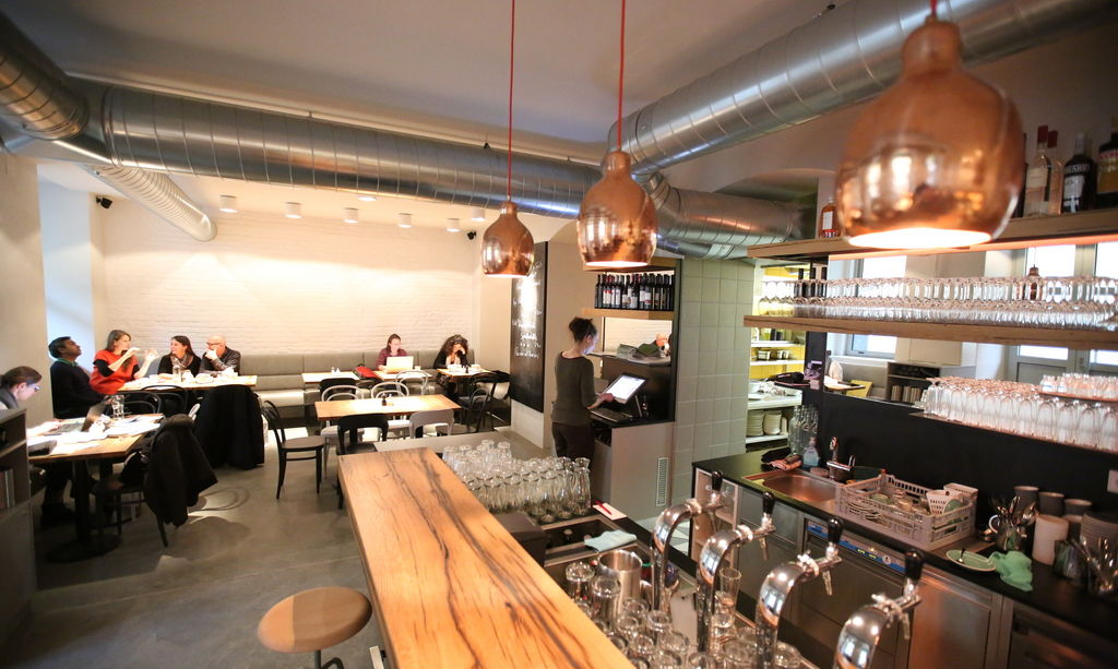 Ulrich Restaurant Bar Cafe